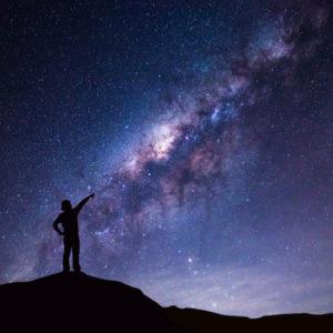 Du bist nicht allein! Wie das Universum dir auf deinem Weg hilft