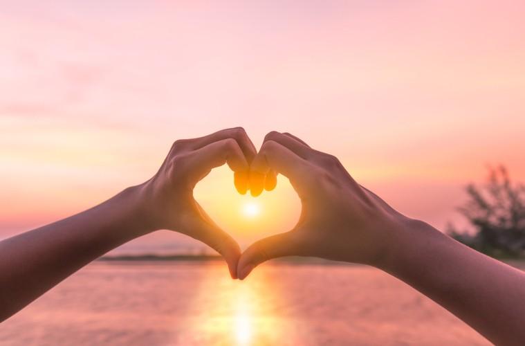 Herz oder Verstand? Warum dein Herz die wahre Chefin in deinem Leben ist!