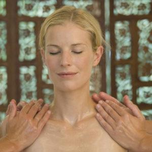 Ayurveda und Weiblichkeit – Wie du deine Weiblichkeit mit Ayurveda stärken kannst