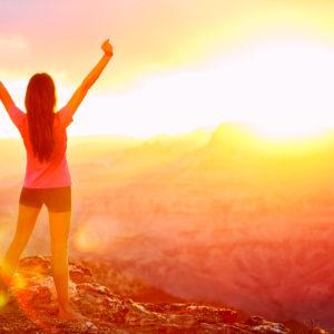 Wie du dein Selbstvertrauen stärkst und dich als Frau zum Erblühen bringst