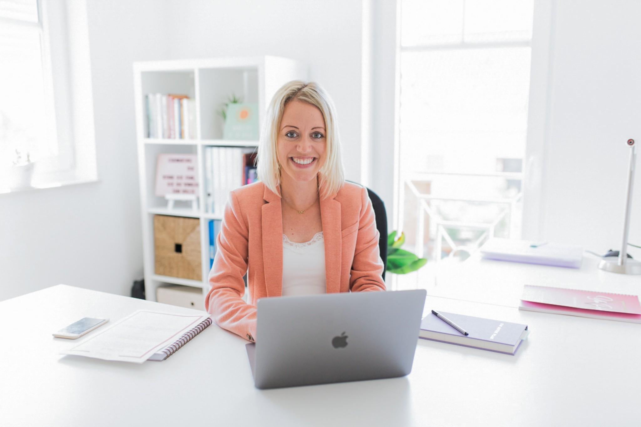 Female Business Spirit – Wie du als Frau ein erfolgreiches Herzensbusiness führst