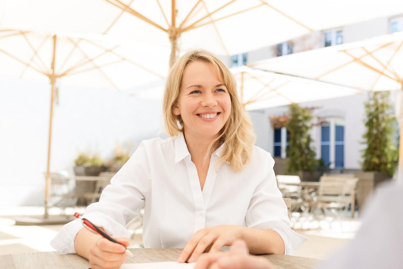 Durch die Angst zur Berufung – Interview mit Transformationscoach Maxine Schiffmann